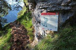 Neue Gehschule gegen den Bergtod beim Wandern