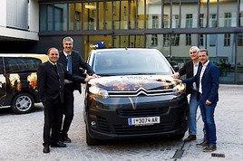 Neue Verleihbusse der Olympiaworld Innsbruck für die Tiroler Sportvereine