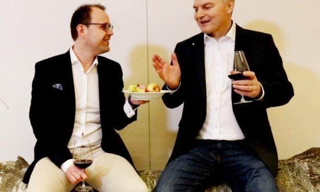 """Neues Gemeinschaftsprojekt """"Industrie 4.0 über den Tellerrand mit Johann Hofmann"""" startet ab sofort."""