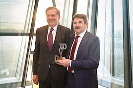 Ernst Vejdovszky mit Shareholder-Friendly Award ausgezeichnet