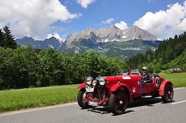 Abenteuer Alpenrallye. Automobilklassiker erobern die schönsten Alpenstraßen.