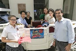 """Time Travel Erlebniswelt überrascht den 1 Millionsten Besucher mit einer kaiserlichen Kutschenfahrt """"Sisi & Franz"""""""