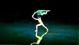 Hunan-Akrobatikshow begeistert Publikum in Düsseldorf (FOTO)