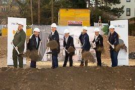 Offizieller Spatenstich für das Neubauprojekt Amalia 54