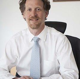 Diplomat Helfried Carl verstärkt Innovation in Politics Institute