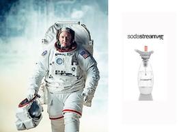 Galaktisches Prank-Video zum 1. April: SodaStream und US-Astronaut Scott Kelly bringen Sprudlerinnovation SodaStreamMe auf den Markt