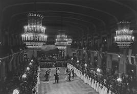 100 Jahre im Walzertakt: Tanzschule Elmayer feiert Jubiläum