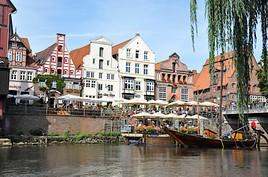 Traditionelle Sülfmeistertage, illuminierte Innenstadt und genussvolle Meilen: unvergessliche Eindrücke sind garantiert