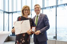 Großes Ehrenzeichen für ÖRV-Generalsekretär Andreas Pangl BILD