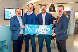 Ein Lachen schenken: Weihnachtsspendenaktion der 1a-Installateure zugunsten der Rote Nasen Clowndoctors