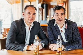 Erfolgreiche Zwischenbilanz der Almdudler #Dudelhilfe: 15.000 Euro gehen direkt an die österreichische Gastronomie
