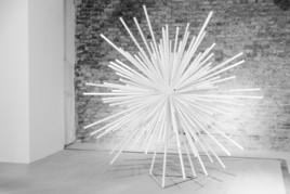 n186 – Skulptur und Sphäre