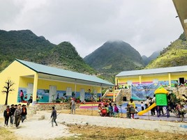 Sao Bien feiert die Errichtung der 25. Schule in Vietnam für mehr als 1.000 Schüler