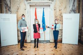 """EdTech-Expertin Anna Iarotska und ihr Wiener Startup Robo Wunderkind erhalten Siegerpreis """"Digitale Innovationen aus und für Österreich"""""""