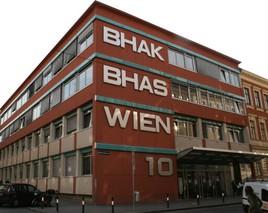 Pilotprojekt Digitale Schulnachricht an der BHAK Wien 10
