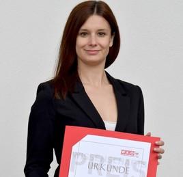 MCI-Absolventin Adriana Wacker erhält WKT-Wissenschaftspreis