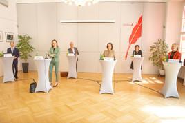 """Initiative Courage präsentiert Plan für """"geordnete Rettung"""""""