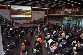 UMIT TIROL Infonachmittag: Erstmals nach über einem Jahr findet Studienberatung wieder am Universitäts-Campus in Hall statt